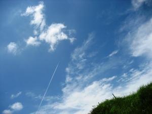 阿蘇の飛行機雲
