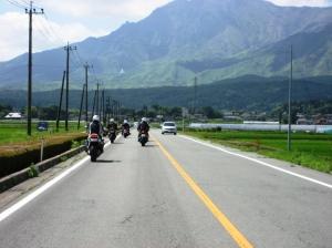 内牧から望む阿蘇根子岳方面